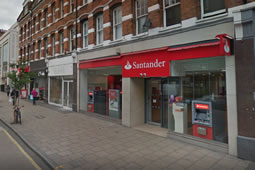 Santander Announces Intention To Close In Putney