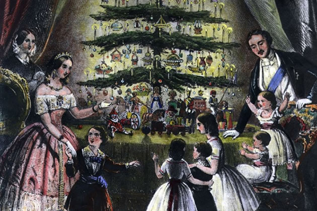 Picture: Queen Victoria and royal family with Christmas tree